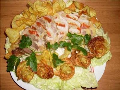 comida divertida batata frita flor rosa