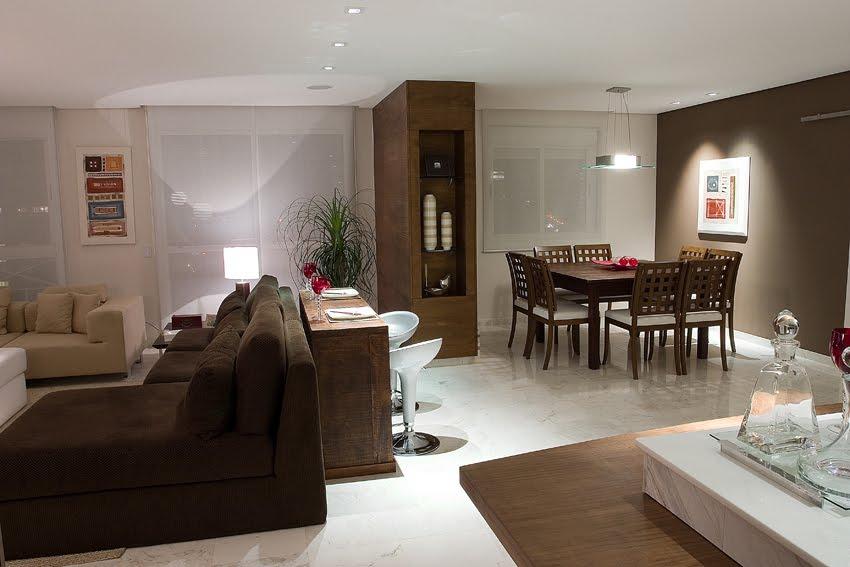A casinha da renatinha inspira es para sala for Sala de estar marron