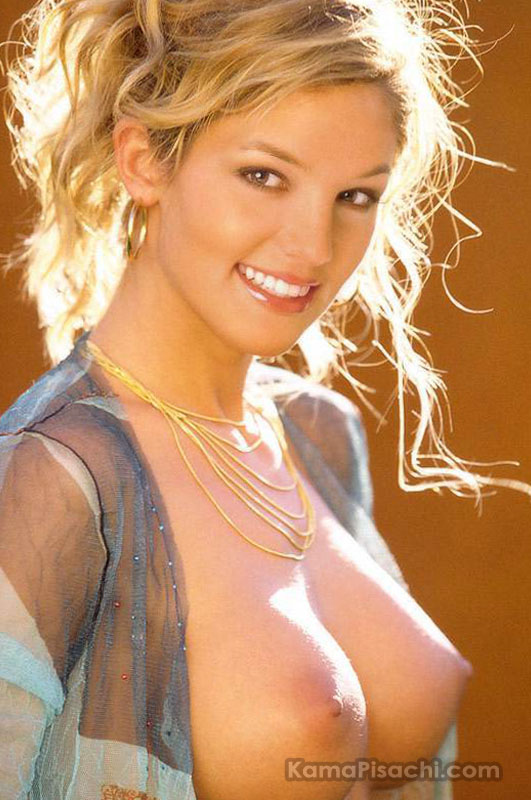 Britney Spears nude and naked showing boobs and nipples