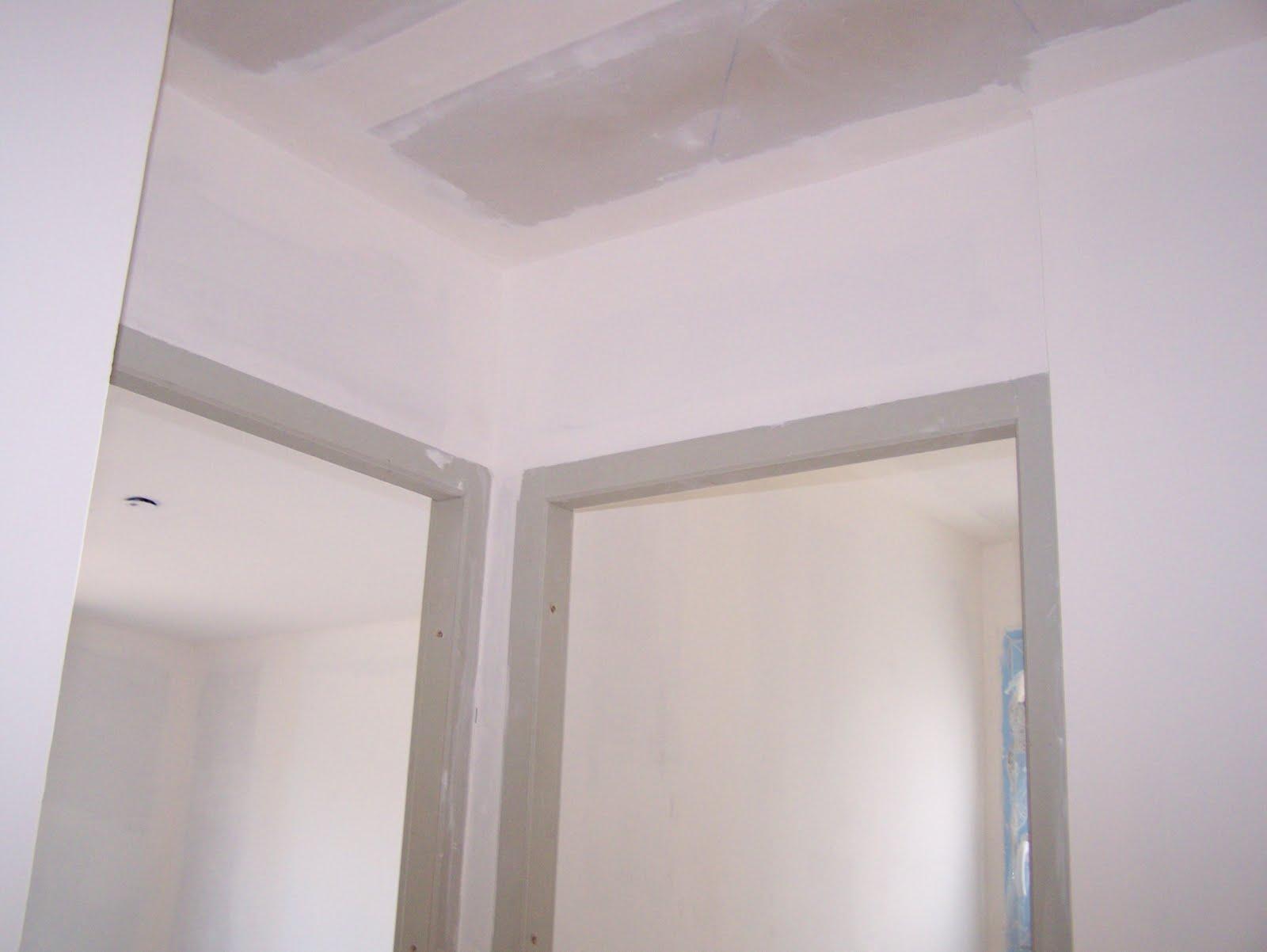La maison de christophe et odile avec mikit 40 me jour for Modele peinture couloir