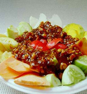 Spicy Fruit Salad (Rujak)