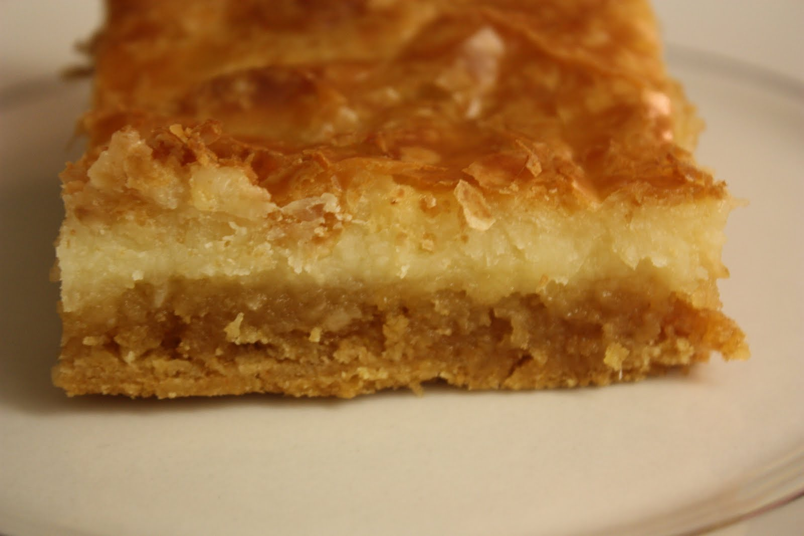 Deeelish By Mish: Paula Deens Gooey Butter Cake
