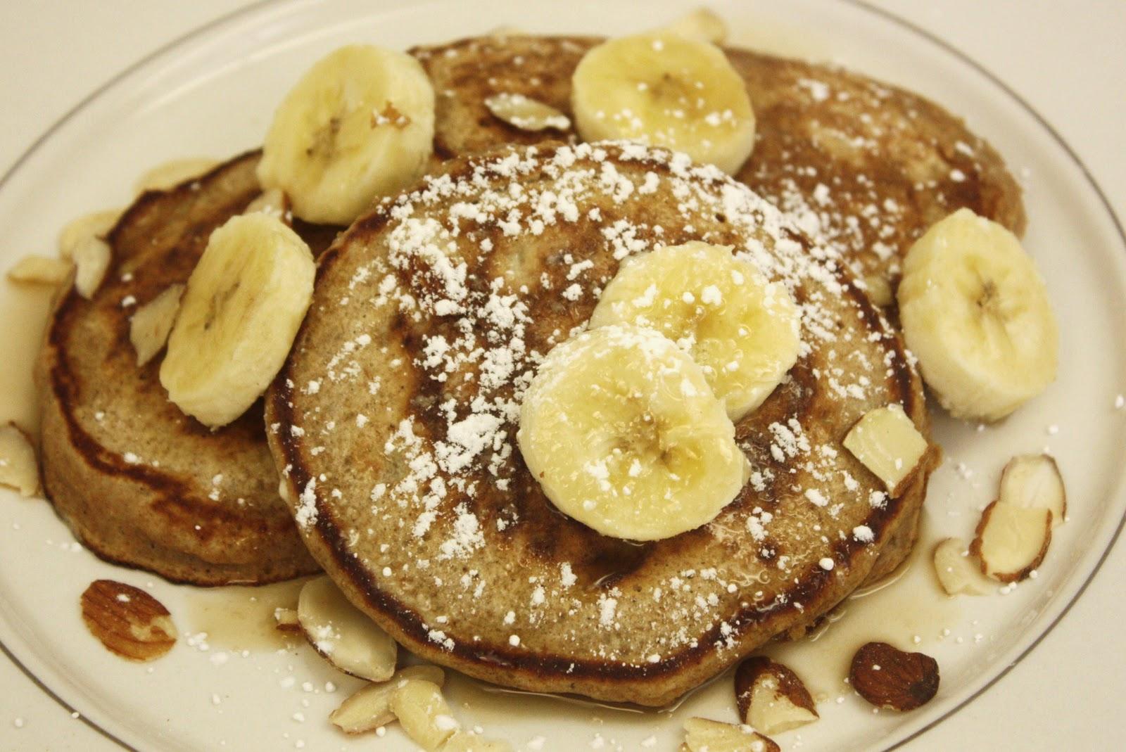 Deeelish By Mish: low fat whole wheat banana nut pancakes.