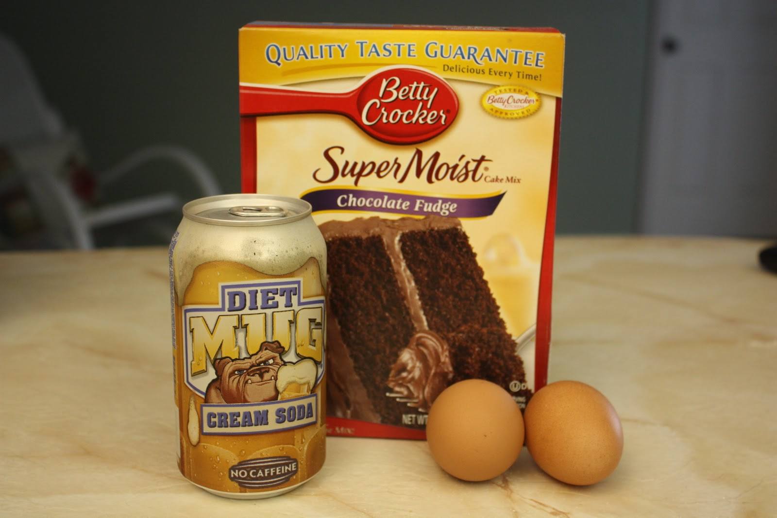 Deeelish By Mish: Diet Soda Chocolate Cake