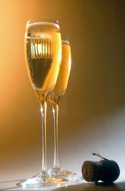SÁBADO 10 DE SETIEMBRE DE 2011 POR FAVOR DEJEN SUS MJES. DIARIOS AQUÍ. GRACIAS!! Champagne1