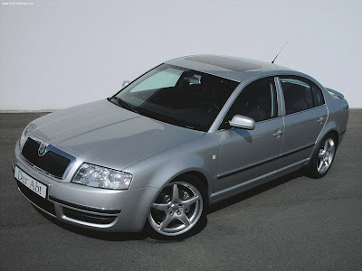 ABT Skoda Superb(2002). The first Superb-models were equipped with