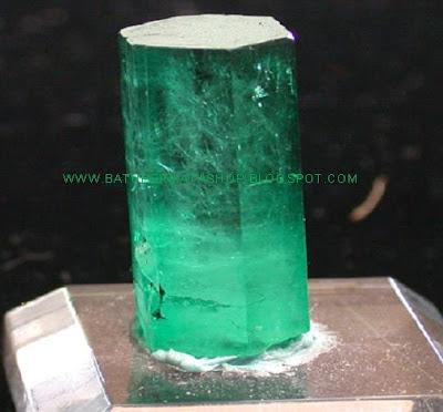 Jenis-jenis Warna pada batu Zamrud /Emerald