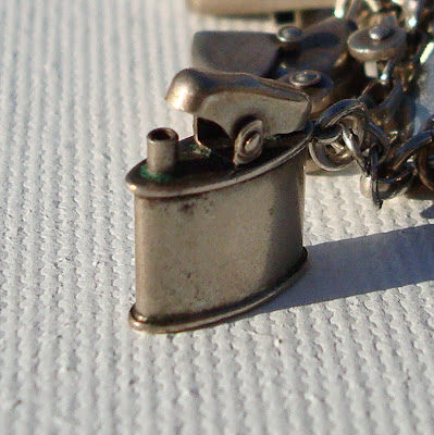 Collecting Vintage Charms and Trinkets - Charm Giveaway I 6 via lilblueboo.com