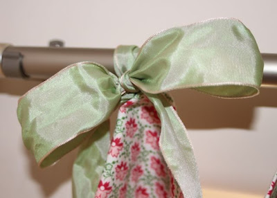 Hand-Sewn Ribbon-Top Curtain Tutorial hanging 3 via lilblueboo.com