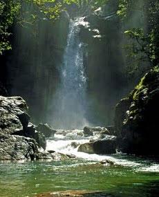 Saltos del Rio Jima