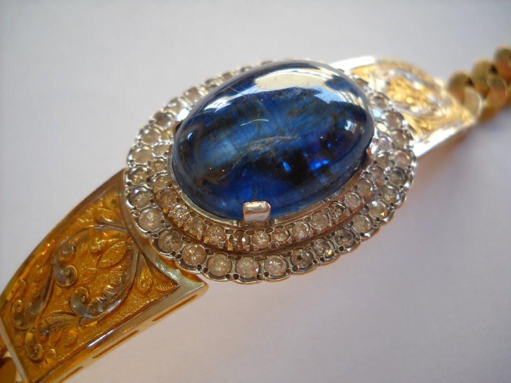 Tangan Batu Nilam (2nd hand) bertatahkan berlian asli, lihat di sini