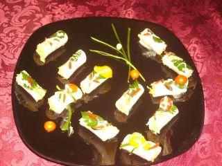 Articole culinare : Rulouri cu salata de cruditati