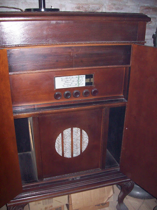 radio bar