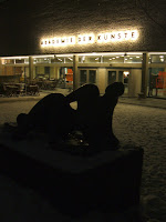 Night-time view of the Akademie der Künste, Berlin; photo by Val Phoenix