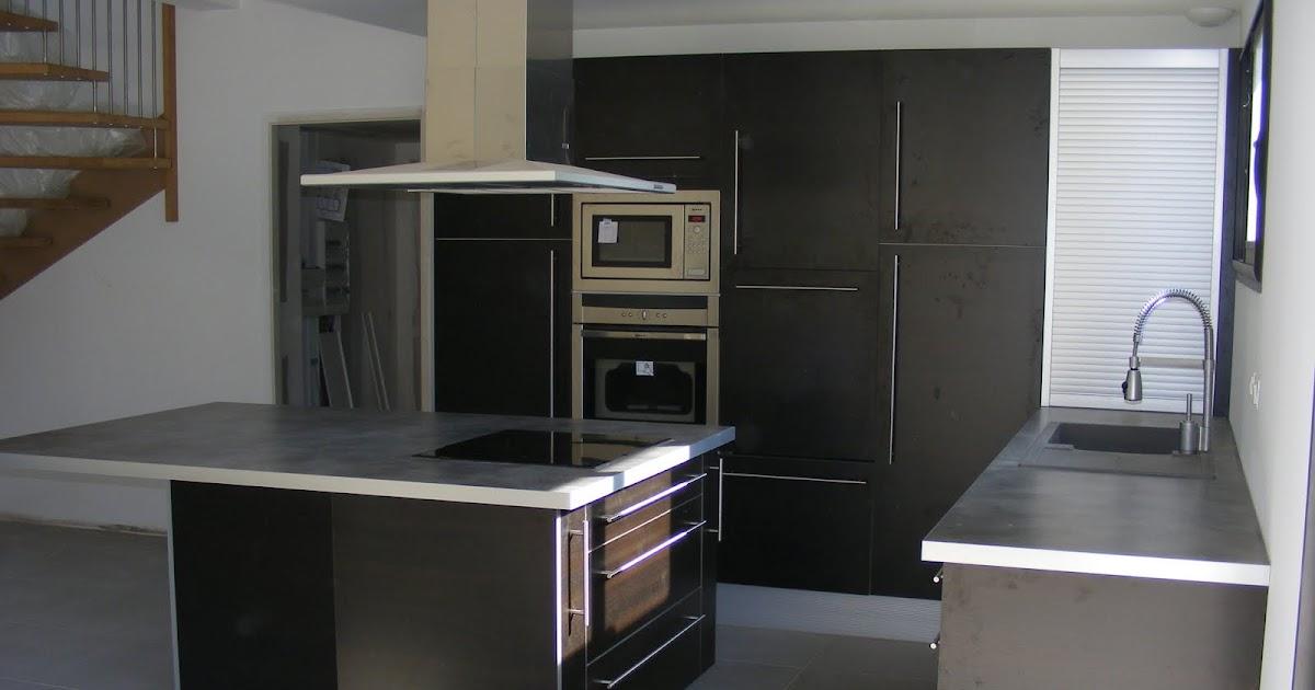 cuisine bain dressing parquet cuisine americaine avec ilot central. Black Bedroom Furniture Sets. Home Design Ideas
