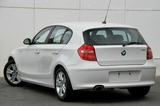 2009 BMW 118i White