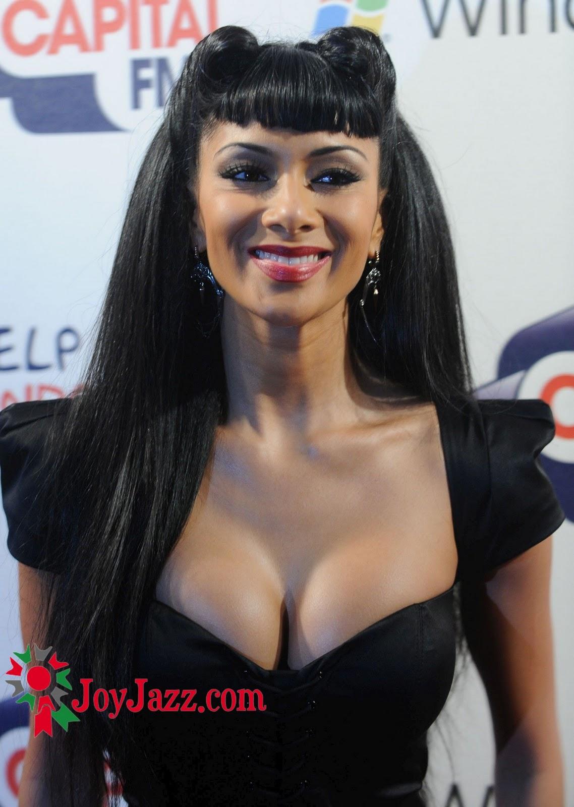 http://4.bp.blogspot.com/_0LdSrYkvVVk/TP_VRLAG-6I/AAAAAAAABPU/91tFG32ZH1s/s1600/Nicole-Scherzinger-101.jpg