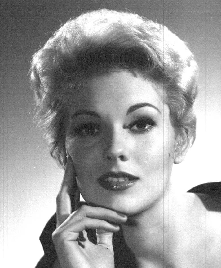 Kim Novak Biography S