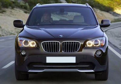2011 BMW X1 Pictures