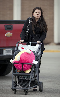 Amber Portwood shopping in Indiana
