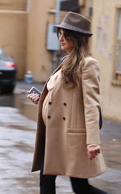 Penelope Cruz out Holiday Shopping