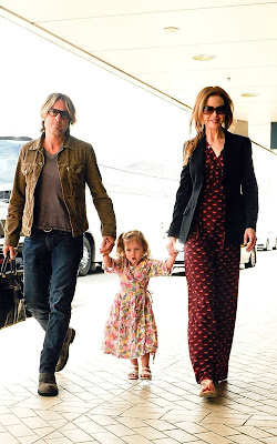 Nicole Kidman, Keith Urban and Sunday at the Airport Pics