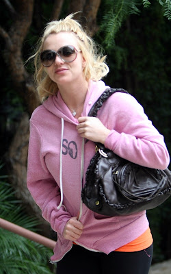 Britney Spears out at the dance studio