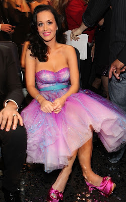 Katy Perry at the 2011 People's Choice Awards