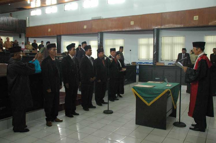PENGAMBILAN SUMPAH ANGGOTA PANWAS PILKADA KOTA PALOPO 2008