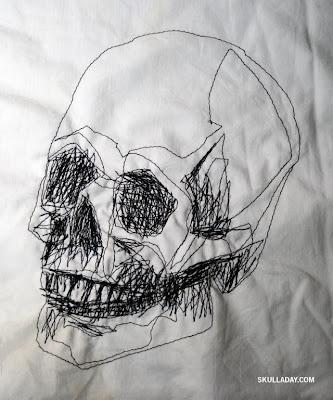 [skull317.jpg]