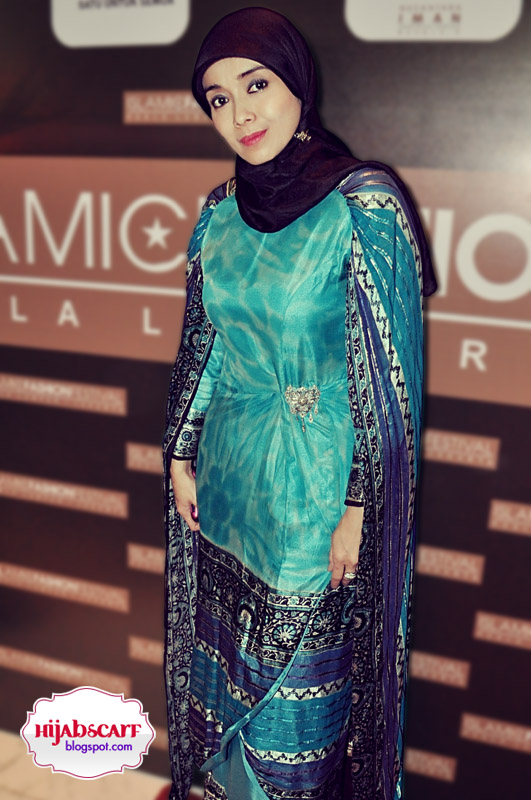 Style Spotted : Islamic Fashion Festival 2010 - Hijab Scarf
