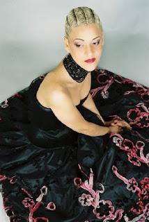 foto de Mariza imagenes, biografia y discografia de esta cantante de fado en caratuleo.com