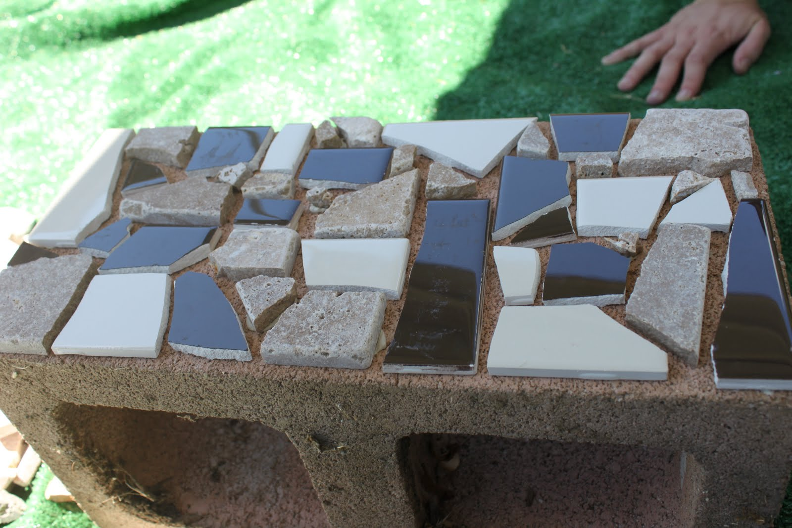 Cinder Block Furniture Backyard :  have collected cinder blocks because there are A LOT in the backyard