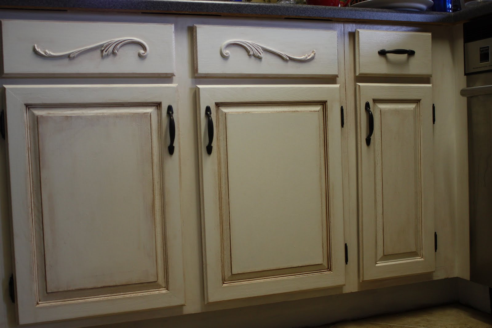 antiquing kitchen cabinets with paint images