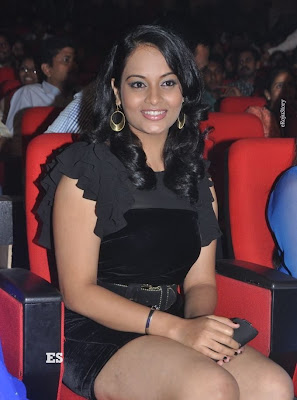 Suja Hot Stills at Nagavalli Audio Launch unseen pics