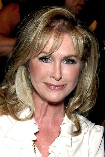 Robyn Hilton Pictures News Information From The Web