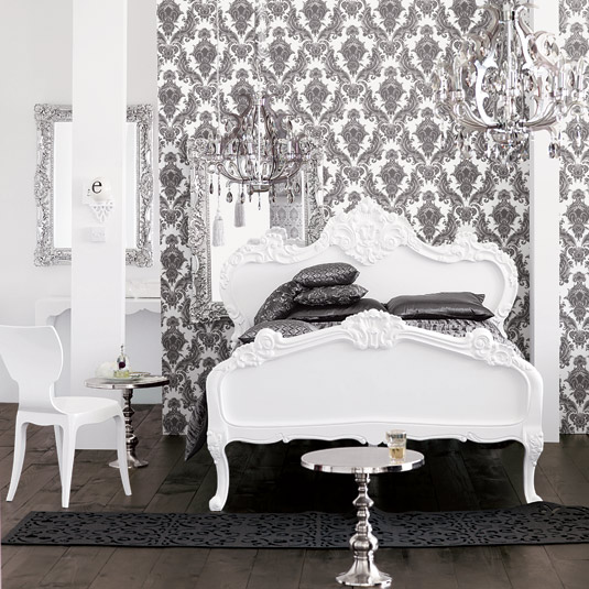 wallpaper room. Okay, now find yourself a pile