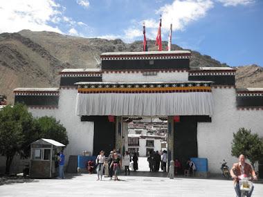 Tibet inside. Tashilumpo Monastery