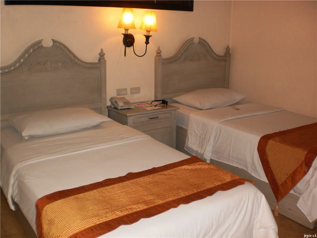 Hotel Veniz Baguio Junior Standard Room