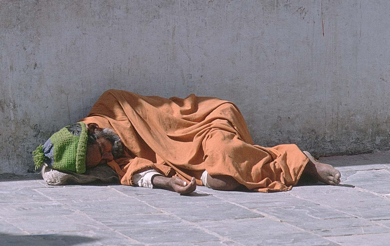 [homeless.jpe]