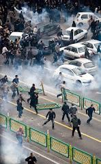 Tehran's Bloody Sunday عکس های عاشورای خونین
