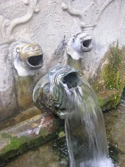 Η κρήνη με τα Λιοντάρια στην πλατεία της Μακρινίτσας