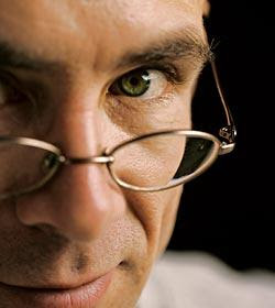 36 Writing Essays by Chuck Palahniuk   Pearltrees