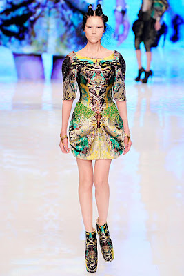 Toronto Is Fashion - Alexander McQueen's Spring/Summer 2010