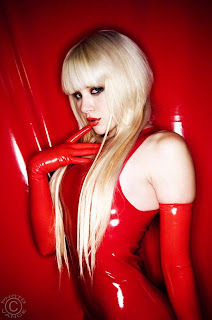 Mosh, Vance photo, sexy goth in Red latex