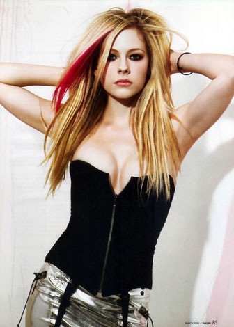 avril lavigne singing