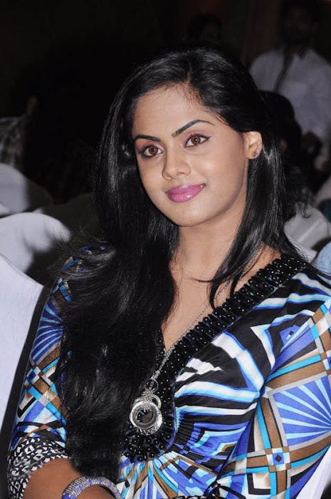 karthika at ko movie press meet hot images
