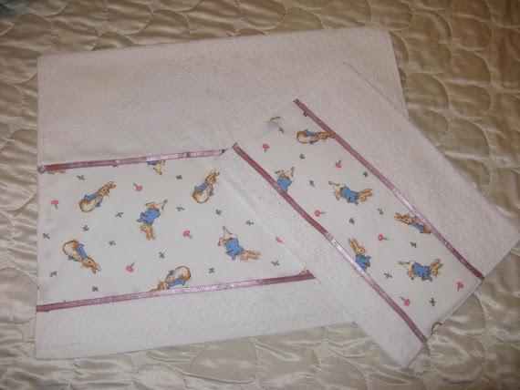 Asciugamani eseguiti con stoffa vintage Beatrix Potter