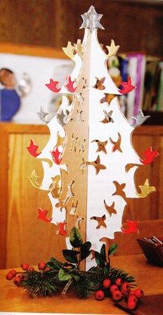 C mo hacer un rbol de navidad con cart n corrugado mis - Como hacer un arbol de navidad de carton ...
