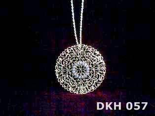 DKH 057